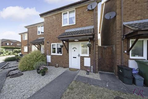 2 bedroom semi-detached house for sale - David French Court, Hatherley/Warden Hill