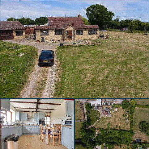 3 bedroom detached bungalow for sale - Meadow Lane, Wickford
