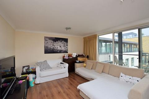 3 bedroom apartment for sale - Boardwalk Place, Canary Wharf, E14