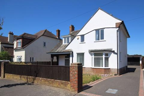 3 bedroom detached house for sale - Nugent Road, Hengistbury Head, Bournemouth