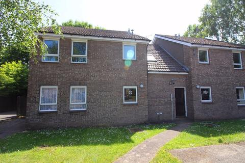 Studio to rent - Galahad Close, Thornhill, Cardiff