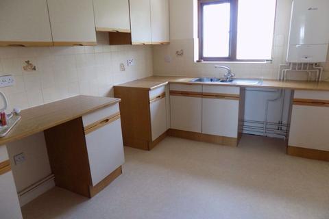 2 bedroom flat to rent - Uplands