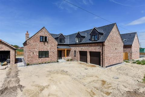 5 bedroom detached house for sale - Houghtons Lane, Isleham