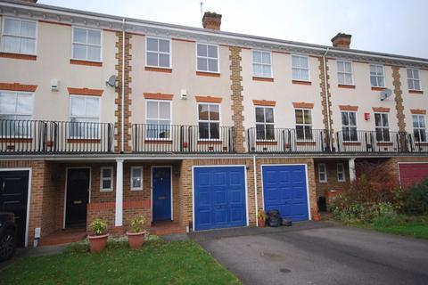 4 bedroom townhouse to rent - Regency Mews, Beckenham, BR3