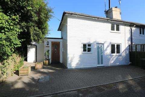 2 bedroom semi-detached house for sale - Padbrook Lane, Preston, Canterbury