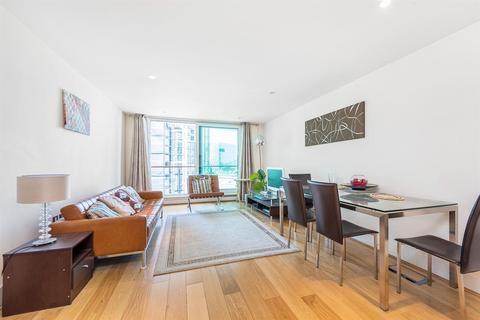 1 bedroom flat to rent - Kestrel House, St. George Wharf, Nine Elms, SW8
