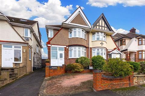 3 bedroom semi-detached house for sale - Priory Avenue, Chingford