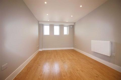2 bedroom apartment for sale - Shenley Road, Borehamwood, Herts