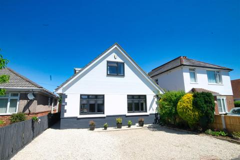 4 bedroom detached bungalow for sale - Cynthia Road, Parkstone, Poole