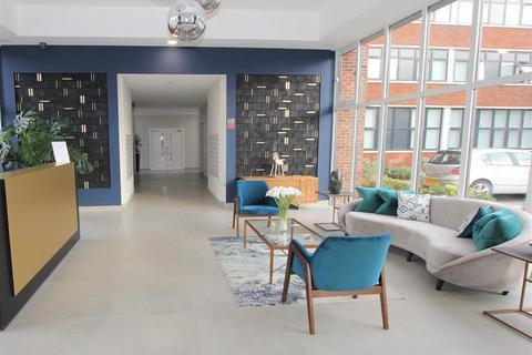 2 bedroom apartment to rent - Laporte Way, Luton