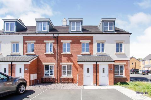 3 bedroom townhouse for sale - Bryn Eirlys, Coity, Bridgend
