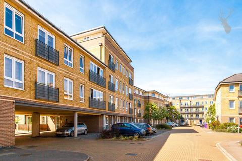 1 bedroom flat for sale - Queensgate House, Bow, London