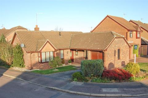 3 bedroom bungalow to rent - Cranberry Close, Nottingham