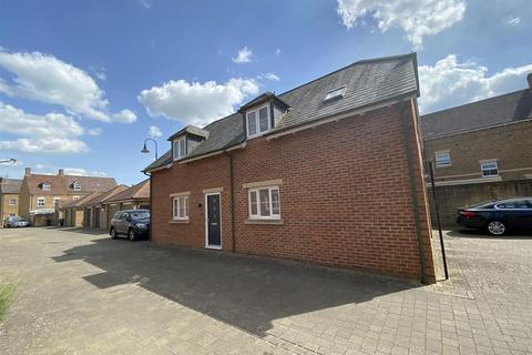 3 bedroom detached house for sale - Stonehenge Road, Wichelstowe, Swindon, SN1