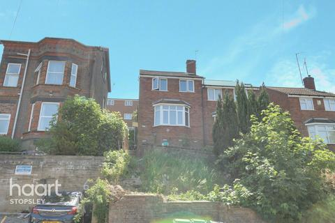 3 bedroom semi-detached house for sale - Hitchin Road, Luton