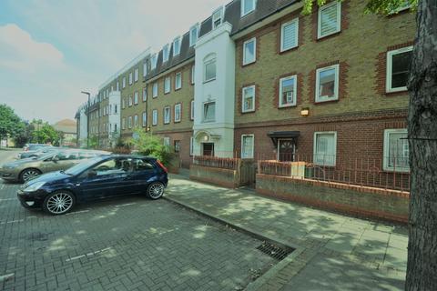 2 bedroom flat to rent - Germander way, Stratford, E15