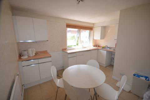 2 bedroom flat to rent - Hamlets Way, Mile End, E3