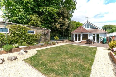 3 bedroom bungalow for sale - Courtenay Road, Lower Parkstone, Poole, Dorset, BH14