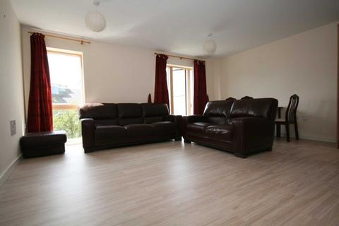 2 bedroom flat to rent - Kiln Lodge, West Drayton