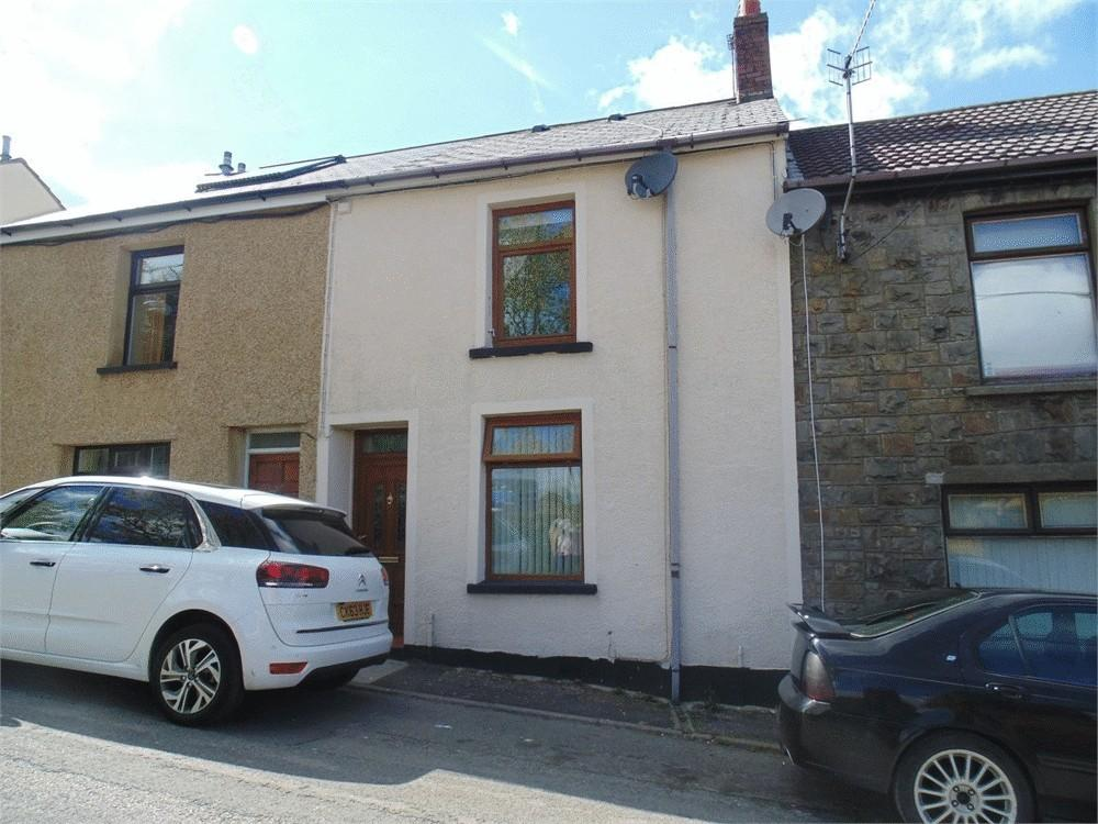 2 Bedrooms Terraced House for sale in Clapham Terrace, PONTYPOOL, Torfaen
