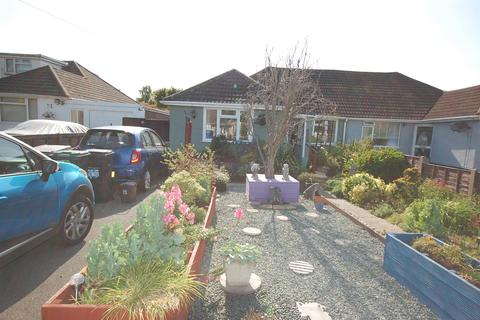 3 bedroom semi-detached bungalow for sale - Wicket Road, Bournemouth BH10