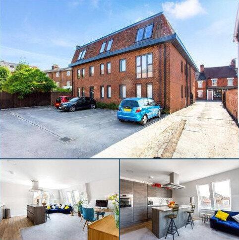 2 bedroom penthouse for sale - Pennyfarthing House, 18 Pennyfarthing Street, Salisbury, SP1