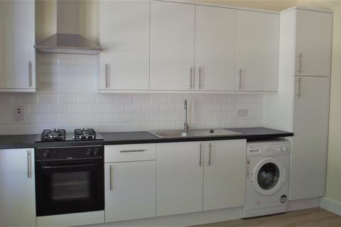 2 bedroom flat to rent - ENFIELD, EN3 6BG