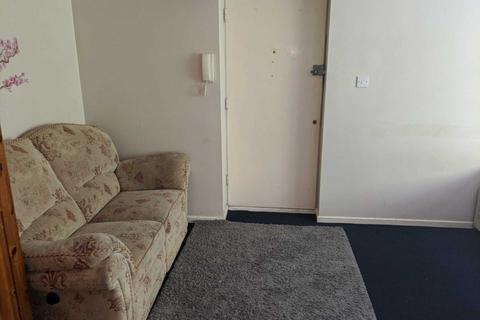 Studio for sale - Willenhall Hayes