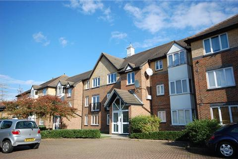1 bedroom apartment to rent - Cotswold Way, Worcester Park