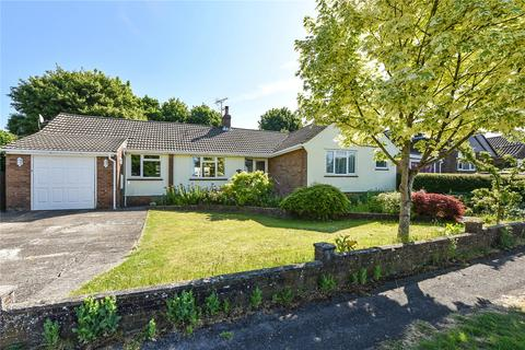 4 bedroom detached bungalow for sale - Yarnhams Close, Four Marks, Alton, Hampshire