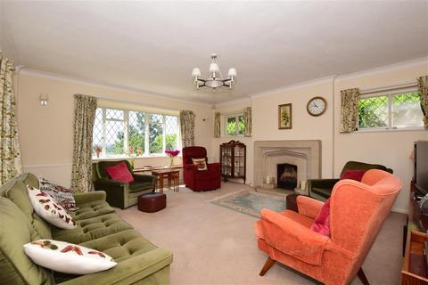 4 bedroom detached bungalow for sale - Chart Road, Sutton Valence, Maidstone, Kent