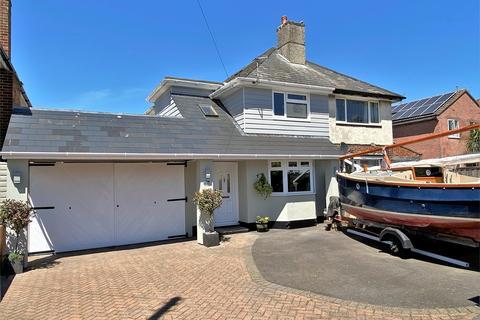 3 bedroom semi-detached house for sale - Upton Road, Creekmoor, Poole, Dorset