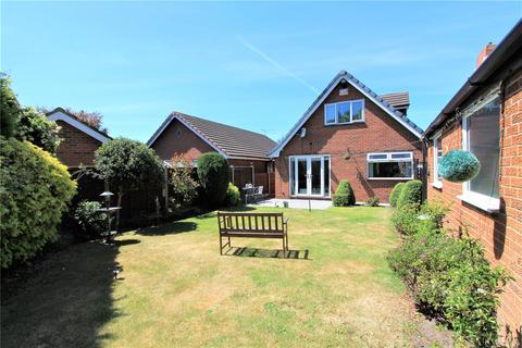 3 bedroom bungalow for sale - Evans Steet, Crewe, CW1