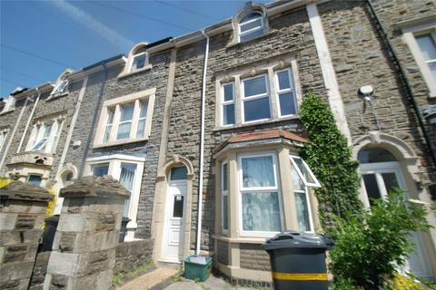 2 bedroom flat to rent - Lodge Road, Kingswood