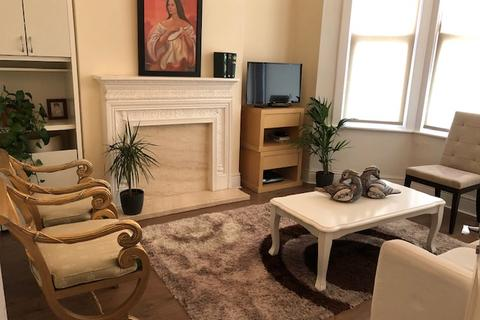 2 bedroom house share to rent - LATIMER ROAD , NORTH KENSINGTON, LONDON W10