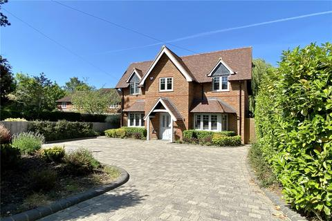 4 bedroom detached house for sale - Candlemas Lane, Beaconsfield, HP9