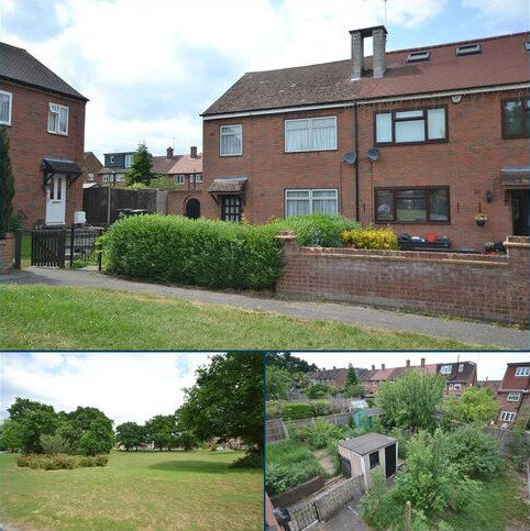 3 bedroom semi-detached house for sale - Rookwood Gardens, Loughton