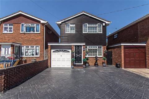 3 bedroom detached house for sale - Waarem Avenue, Canvey Island, Essex, SS8