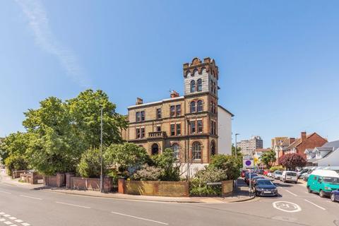 2 bedroom apartment for sale - Waverley Road, Southsea