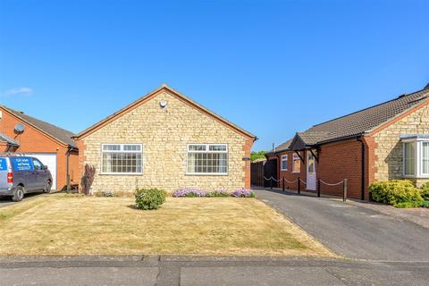 3 bedroom bungalow for sale - Covill Close, Great Gonerby, Grantham