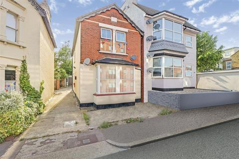 1 bedroom flat for sale - Cranleigh Drive, Leigh-On-Sea