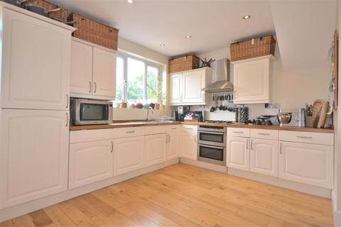 4 bedroom house to rent - Linkway, Raynes Park