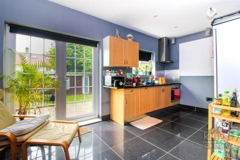 3 bedroom end of terrace house for sale - Marshall Road, London