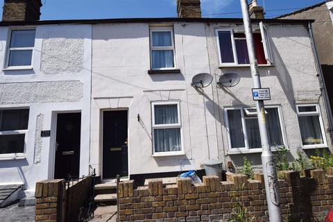 3 bedroom terraced house to rent - Station Road, Rainham, Gillingham
