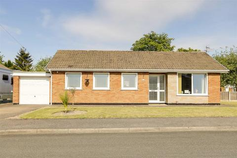 3 bedroom detached bungalow for sale - Kings Drive, Brinsley, Nottinghamshire, NG16 5DG