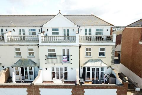 3 bedroom townhouse to rent - Esplanade Mews, Seaford BN25