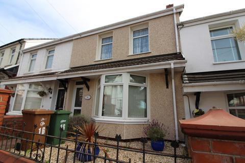 3 bedroom terraced house for sale - Montclaire Avenue, Blackwood