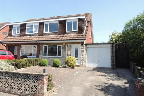 3 bedroom semi-detached house for sale - Fawkes Close, Warmley, Bristol