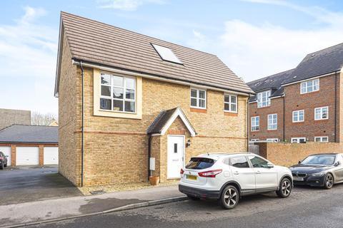 2 bedroom detached house for sale - Aylesbury,  Buckinghamshire,  HP21