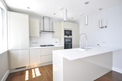 2 bedroom ground floor flat to rent - East Street Tonbridge TN9